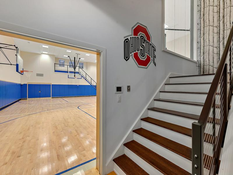This 8 8m Westchester Colonial Estate Has Indoor And Outdoor Basketball Courts News Break