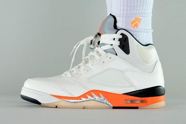 """Picture for Take an On-Foot Look at the Air Jordan 5 """"Shattered Backboard"""""""