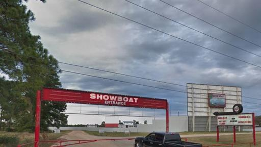 Texas Drive In Theater Manager Shoots Kills Masked Robbery Suspect After He Allegedly Attacked Her With A Bat News Break