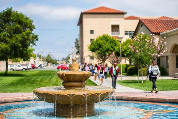 Picture for Santa Clara University Experiences Record Enrollment for New Students