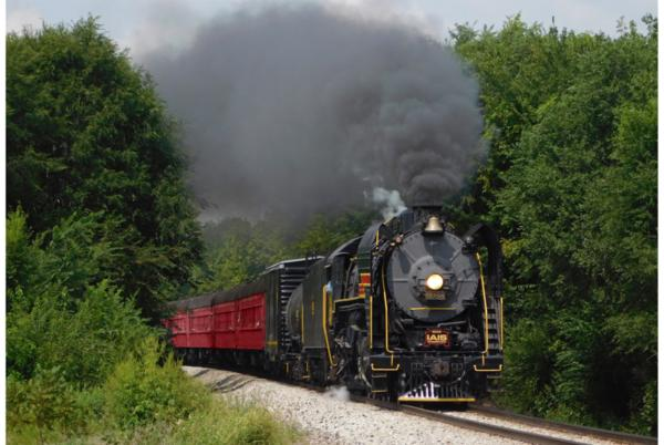 Picture for Historic steam engine takes Iowans on special holiday rides