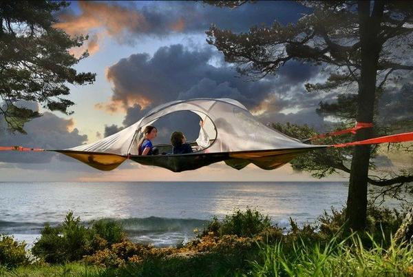 Picture for Spider Tree Tent combines the comfort of a hammock with a tent