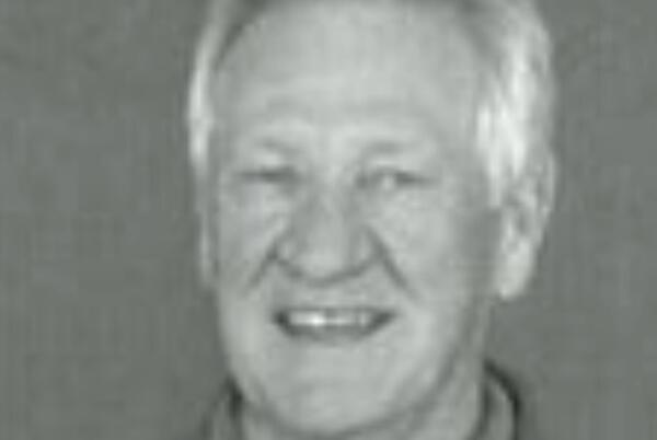 Picture for Legendary Minnesota high school basketball coach Bob Brink dies