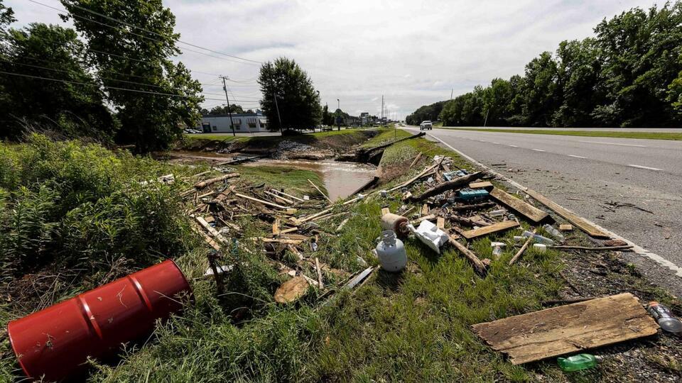 Picture for 'Horrible tragedy': Crash kills 10 in Alabama, including 9 kids