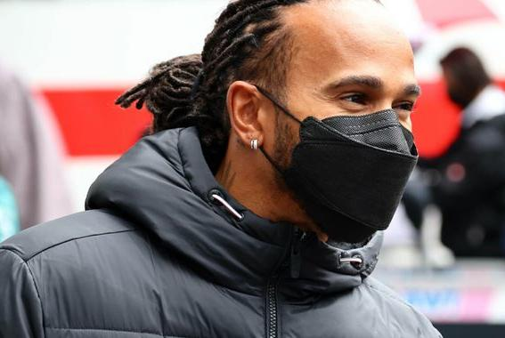 Picture for Lewis Hamilton eager to take advantage of Max Verstappen's Russian GP back-of-grid start as wet qualifying looms