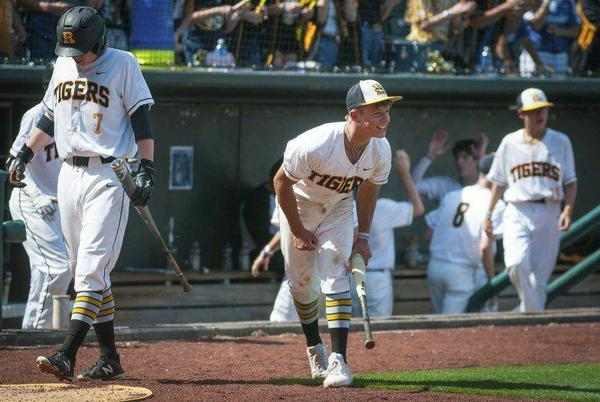 Picture for Baldridge bomb lifts Roff past Dale in ninth inning