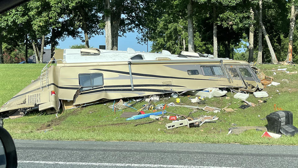 Picture for Driver killed, passenger hurt when RV hits tree, flips along I-77 in Chester County