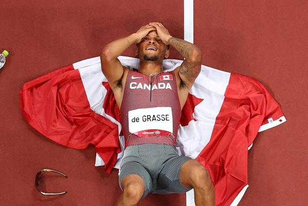 Picture for Canada's Andre De Grasse ends wait for Olympic gold in men's 200m