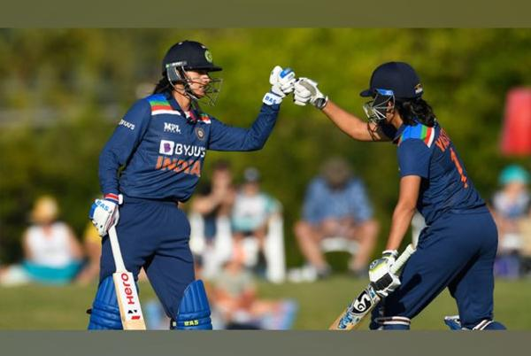 Picture for 2nd ODI: Smriti Mandhana hits fluent 86 as India post 274/7