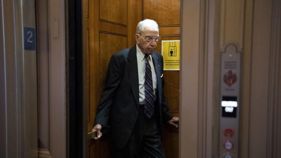 Picture for Poll: Most Iowa voters want Sen. Chuck Grassley out