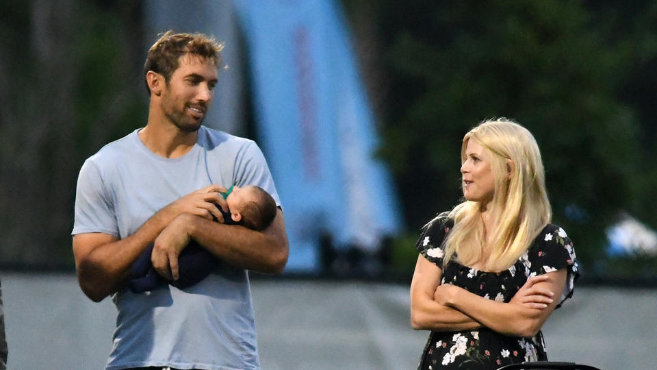 Picture for Tiger Woods' ex Elin Nordegren & baby daddy Jordan Cameron teased by kids for PDA-filled romance