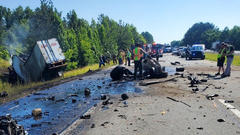 Cover for Two 18-wheelers collide in fatal crash on I-40 West in Putnam County: THP