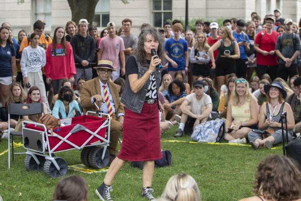 Picture for TikTok's Sister Cindy draws jeering crowd in Iowa City with inflammatory message