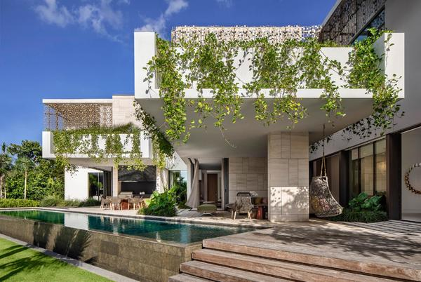 Picture for Magnificent Miami: houses to covet in the city or beach