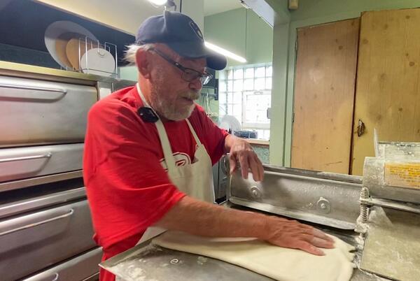 Picture for Facing labor shortage, longtime Oshkosh Restaurant Closing