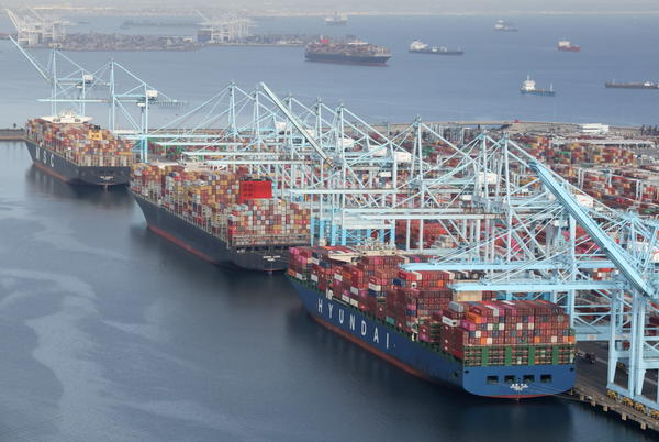 Picture for Los Angeles Port Logjam Has Enough Containers to Cross Half the U.S.