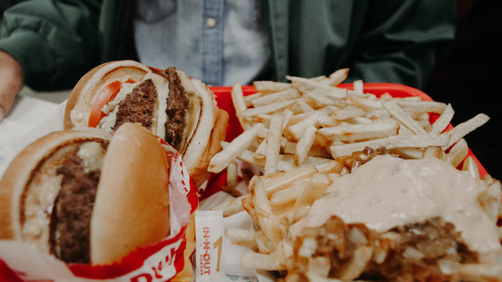 Cover for Burgers! Should California's Beloved In-N-Out Burger Come to Florida?