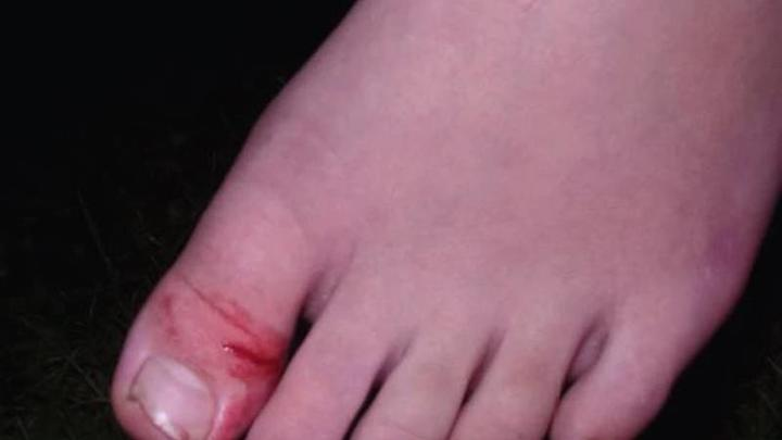 Cover for Haunted house worker in Ohio stabs boy, 11, in foot
