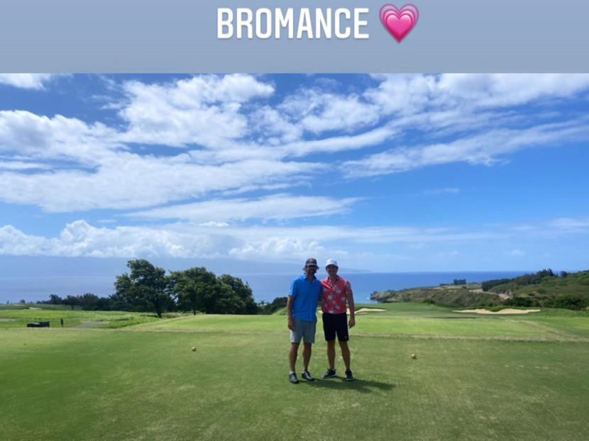 miles-teller-s-wife-documents-aaron-rodgers-bromance-during-hawaii-trip