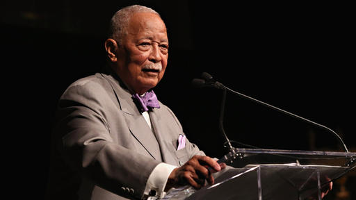 ntnrkbuglwjh6m https www newsbreak com new york new york news 2108425670330 local leaders and luminaries mourn passing of david dinkins a truly great man