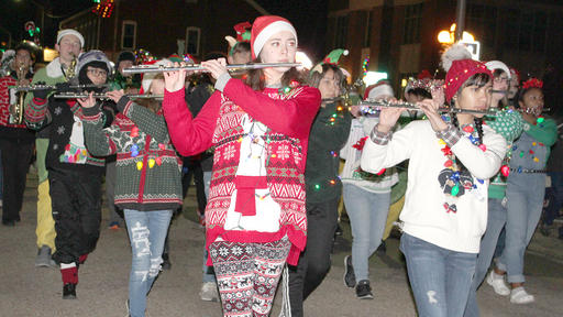 Mascoutah Christmas Parade 2020 Mascoutah Christmas Parade Still On Schedule | News Break