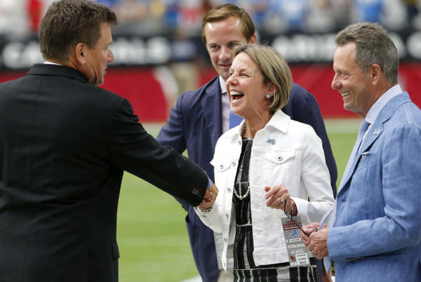 Picture for Look: NFL Owner Booed Loudly On Sunday Afternoon
