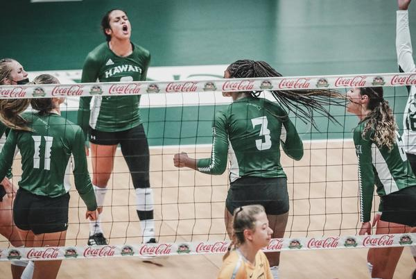 Picture for Wahine volleyball sweeps UC Riverside to open Big West Conference play