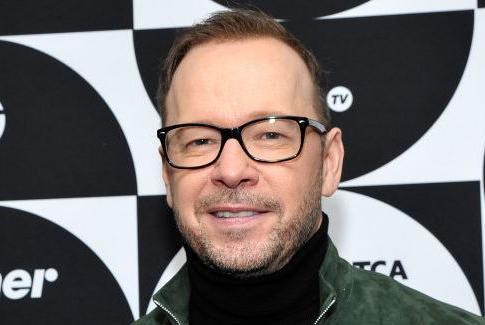 Picture for Fans Rally Around 'Blue Bloods' Star Donnie Wahlberg After He Posts Video About His Nerve-Racking Flight