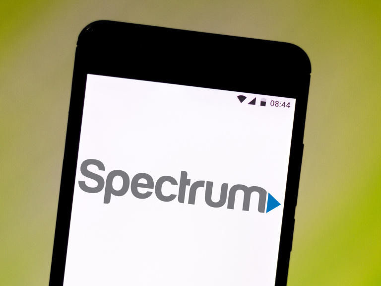 spectrum-says-internet-service-restored-after-hours-long-outage