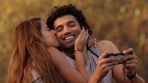 Malang Movie Review Aditya Roy Kapur Disha Patani Film Is A Delightful Combo Of Thrill And Romance News Break