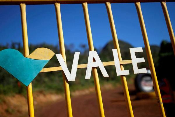 Picture for Brazil miner Vale pays bumper dividend, shares slide on iron ore fears