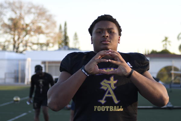 Picture for Vote: Who is the best defensive lineman in California high school football?