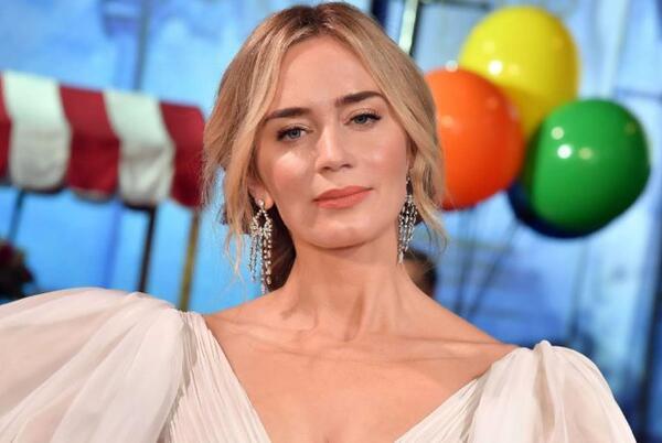 Picture for Oppenheimer: Emily Blunt Is in Talks To Join Filmmaker Christopher Nolan's Upcoming Film
