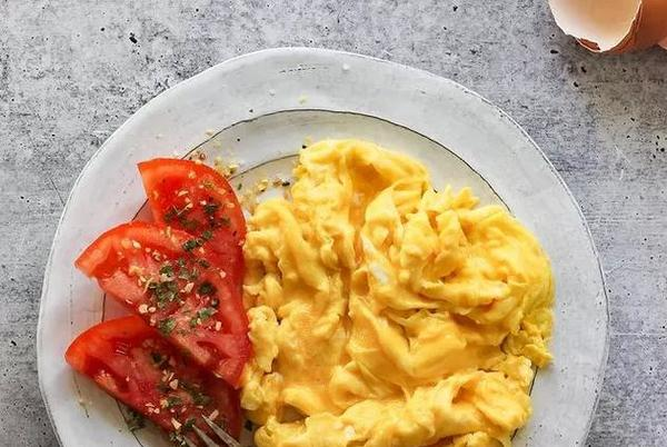 Picture for Martha Stewart's 1-Ingredient Egg Hack Makes 'the Best Scrambled Eggs'