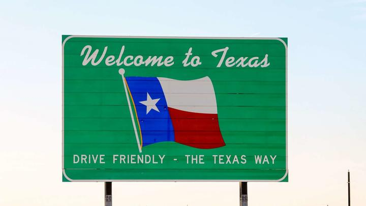 Cover for New Yorker moves to Texas and shares 'culture shock' with viral TikTok