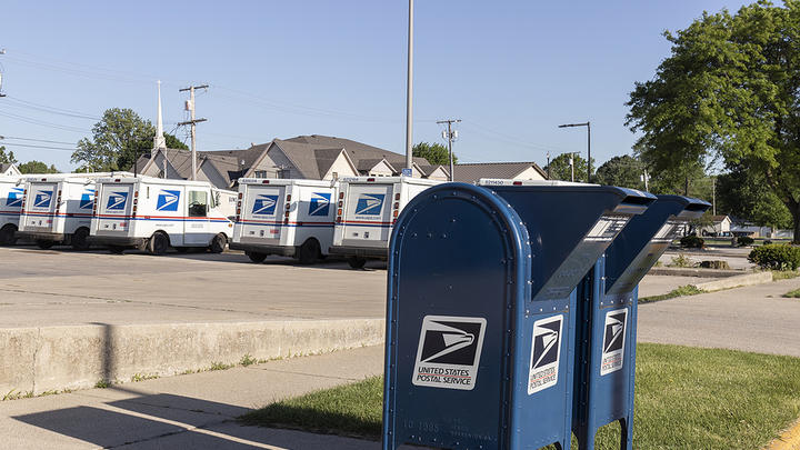 Cover for Essex County Man Admits Conspiring to Steal Mail and Commit Bank Fraud