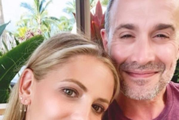 Picture for Sarah Michelle Gellar Shares Son's Hilarious Reaction to Her and Freddie Prinze Jr.'s PDA