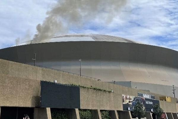 Picture for Superdome roof catches fire in New Orleans; one injured with minor burns