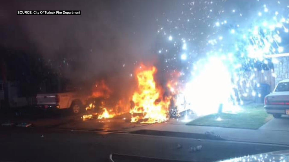 Picture for 1 Hurt After Cars Catch Fire In Turlock Driveway