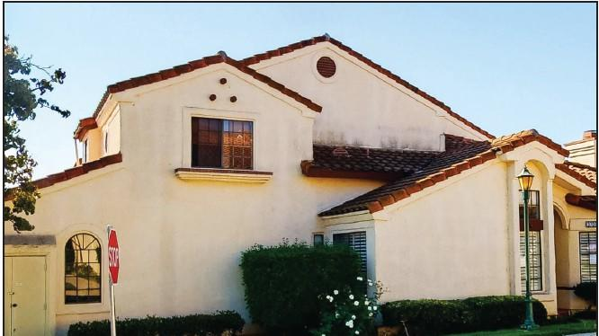 Cover for Three-bedroom home for lease in Simi close to pool, guest parking