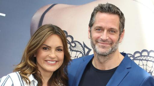 How Many Children Do Law Order Svu Star Mariska Hargitay And Younger Actor Peter Hermann Have News Break