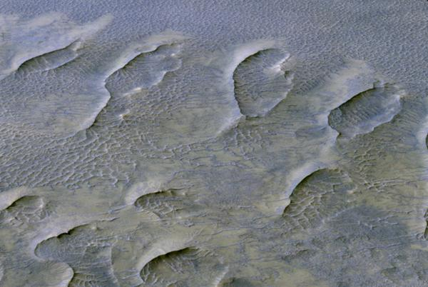 Picture for Billion-year-old Martian dunes reveal planet's history
