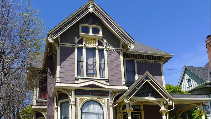 Cover for Enjoy a Wide Range of Alameda Architectural History on Legacy Home Tour