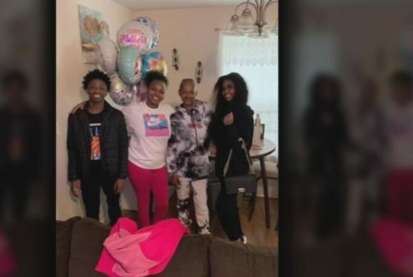 Picture for 14-year-old JCPS student describes prior shooting near bus stop where her brother died in drive-by