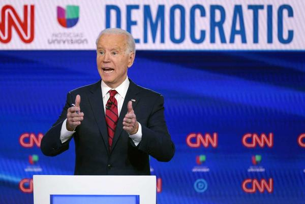 Picture for 'Re-election stimulus checks': Texas GOP tax relief proposals use Biden COVID funding