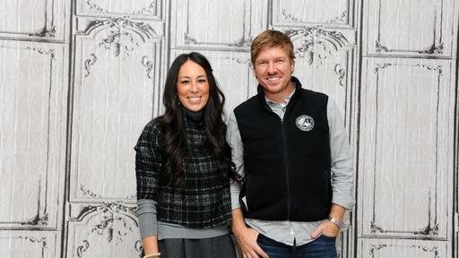 Fixer Upper Homeowners Get 1 Free Piece Of Furniture From Chip And Joanna Gaines News Break