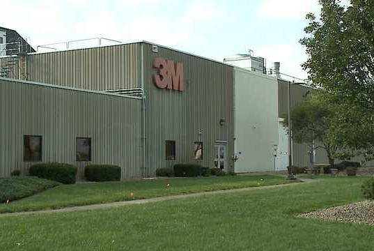 Picture for Employee organizing rally at 3M plant over federal vaccine mandate