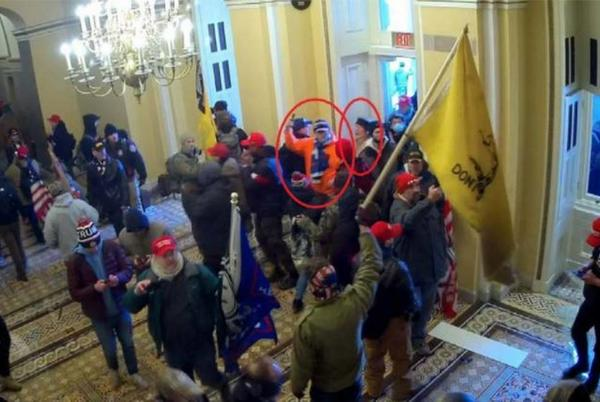 Picture for Kentucky couple who were part of mob that stormed the Capitol receive sentence