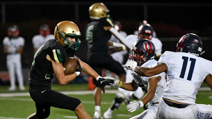 Cover for Oregon high school football media poll: Top 10 teams in Class 6A entering Week 8