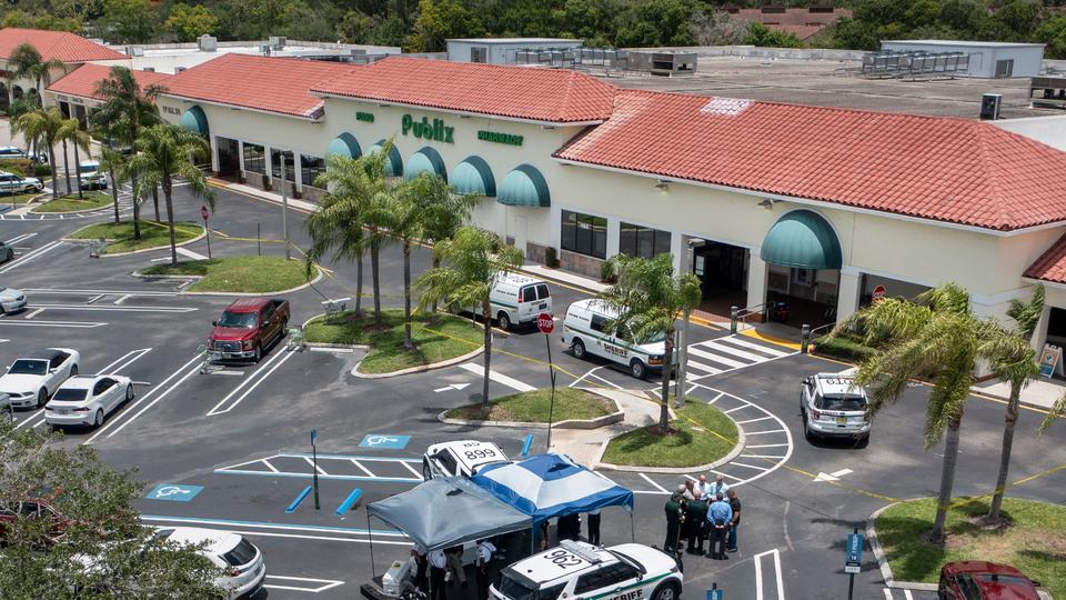 Picture for 'Everyone was running': Man kills woman, toddler at Florida Publix supermarket, authorities say